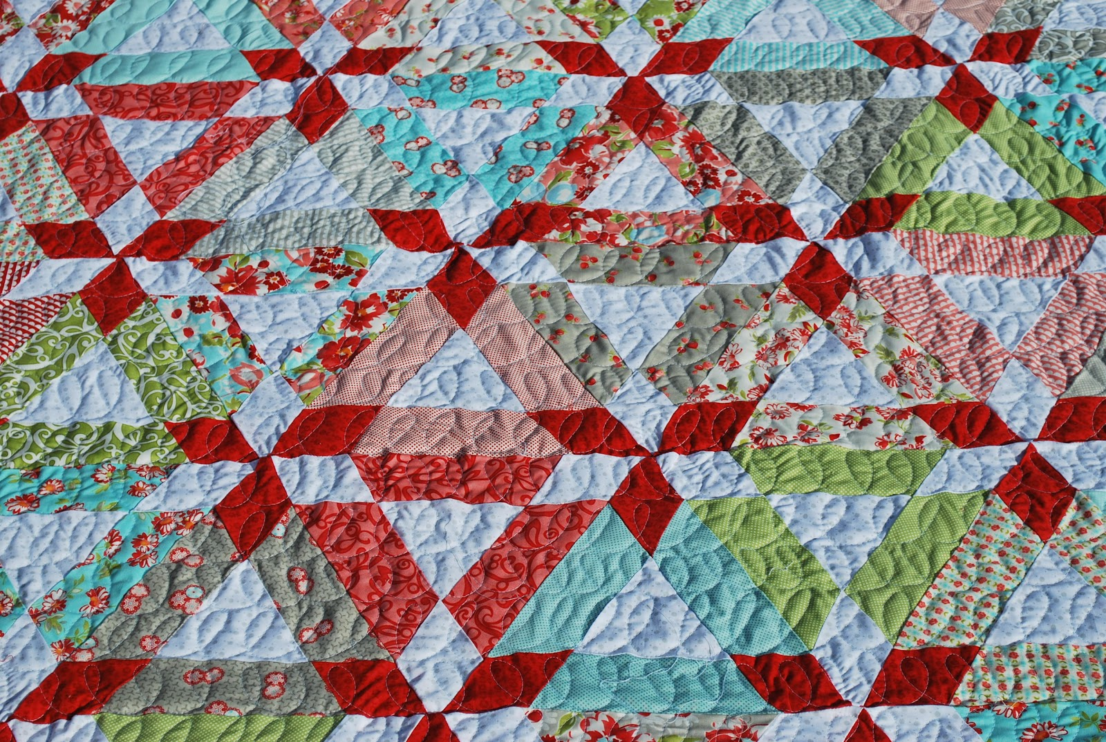 Lovely Rita Loopy Hopscotch Machine Quilting
