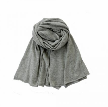 feine cashmere grey scarf discount price lifestyle lookbook