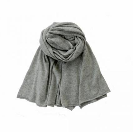 feine cashmere grey scarf discount price lifestyle lookbook