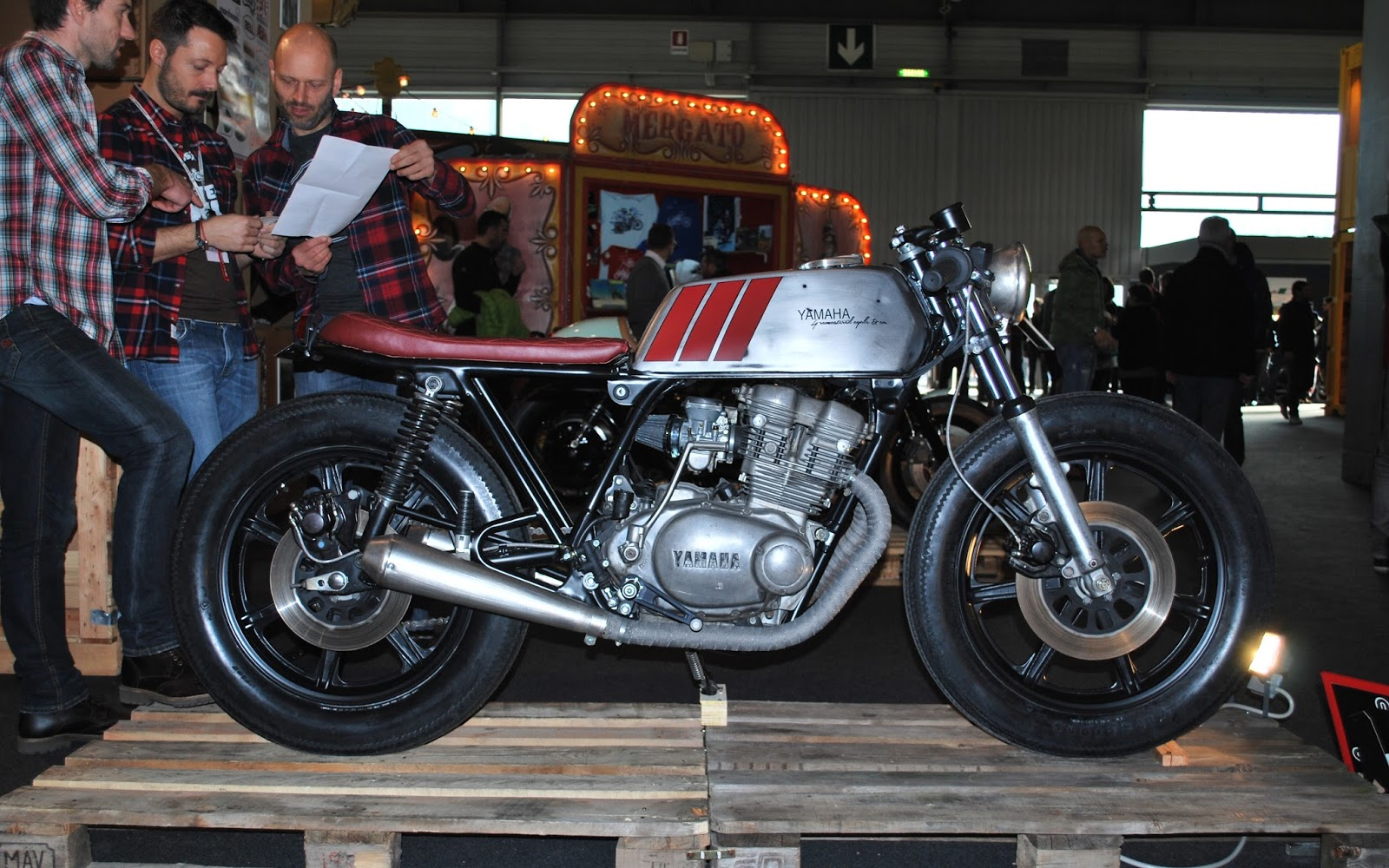 Xs500 By Remastered Cycles Inazuma Caf 233 Racer