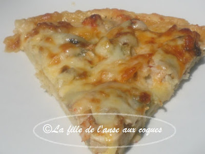 PIZZA AUX FRUITS DE MER (2)