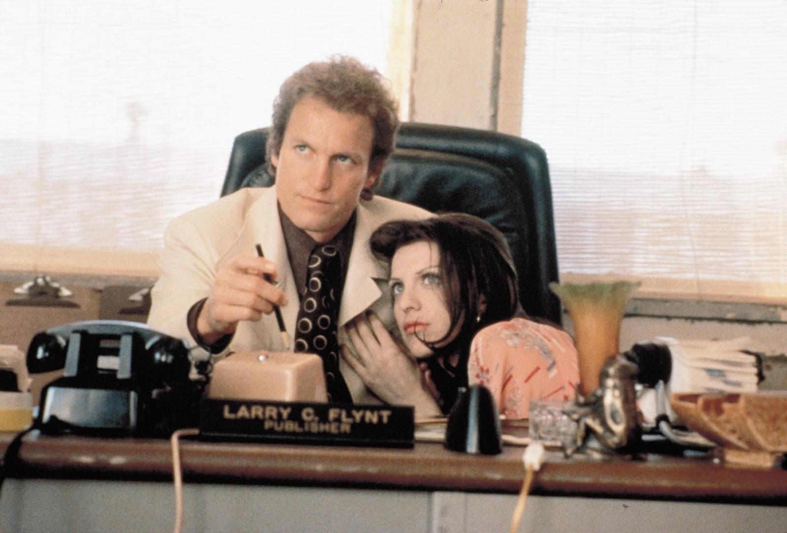 http://2.bp.blogspot.com/-o09905vBIOk/UWr_5CFoX6I/AAAAAAAABYM/_DdH97X-GPo/s1600/The-People-vs-Larry-Flint-courtney-love-1550510-2560-1732.jpg