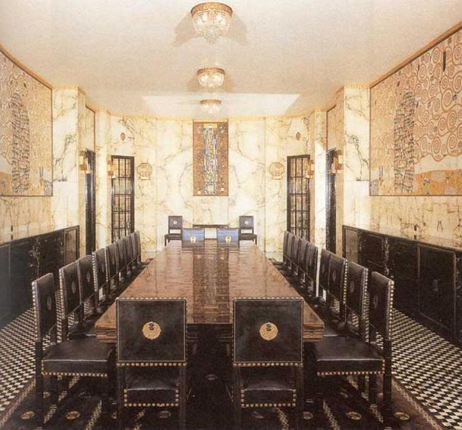 http://2.bp.blogspot.com/-o0EmWSAwZoE/Tvn-dvEAEJI/AAAAAAAAGwc/Cvw0bKpU790/s1600/1870+Josef+HOFFMAN+Palais+Stoclet%2C+dining+room+Bruxelles.jpg