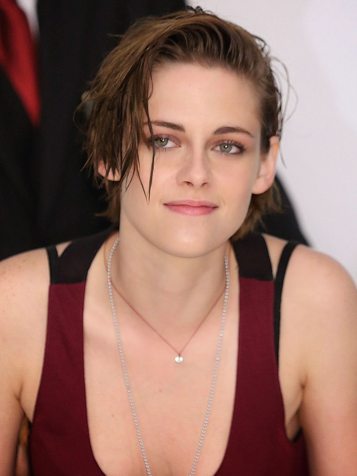 Kristen Stewart – 'Equals' Press Conference in Tokyo