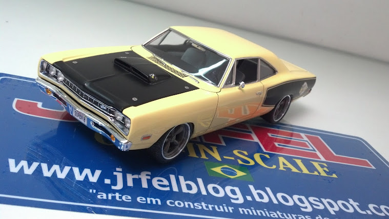 Dodge Super Bee '69 - Revell - 1/24