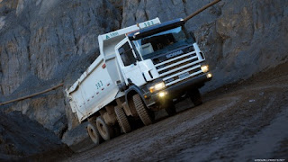xe tải chuyển văn phòng tphcm