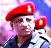 اللواء/محمد احمد ذكي - قائد الحرس الجمهوري عهد الرئيس الإخواني محمد مرسي