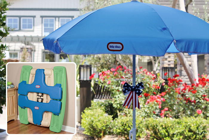 Little Tikes EasyStore Picnic Table With Umbrella creates a space for your children to call their own!