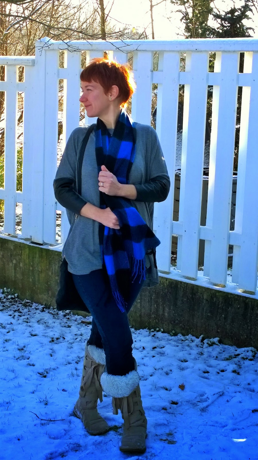 Buffalo plaid scarf, fake fur boots, skinnie jeans, batwing sleeves, fashion and style blog