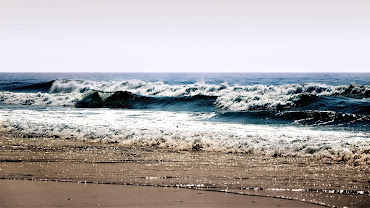 #15 Sea Waves Wallpaper