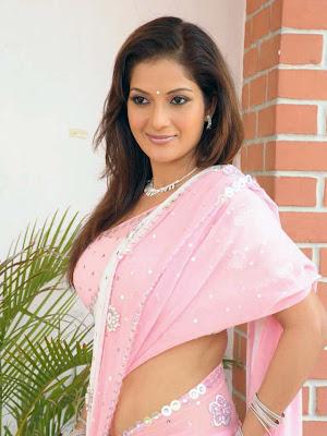 ruthika in saree hot photoshoot
