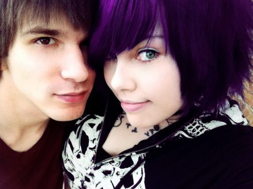 Group Of Emo Couple Wallpapers To
