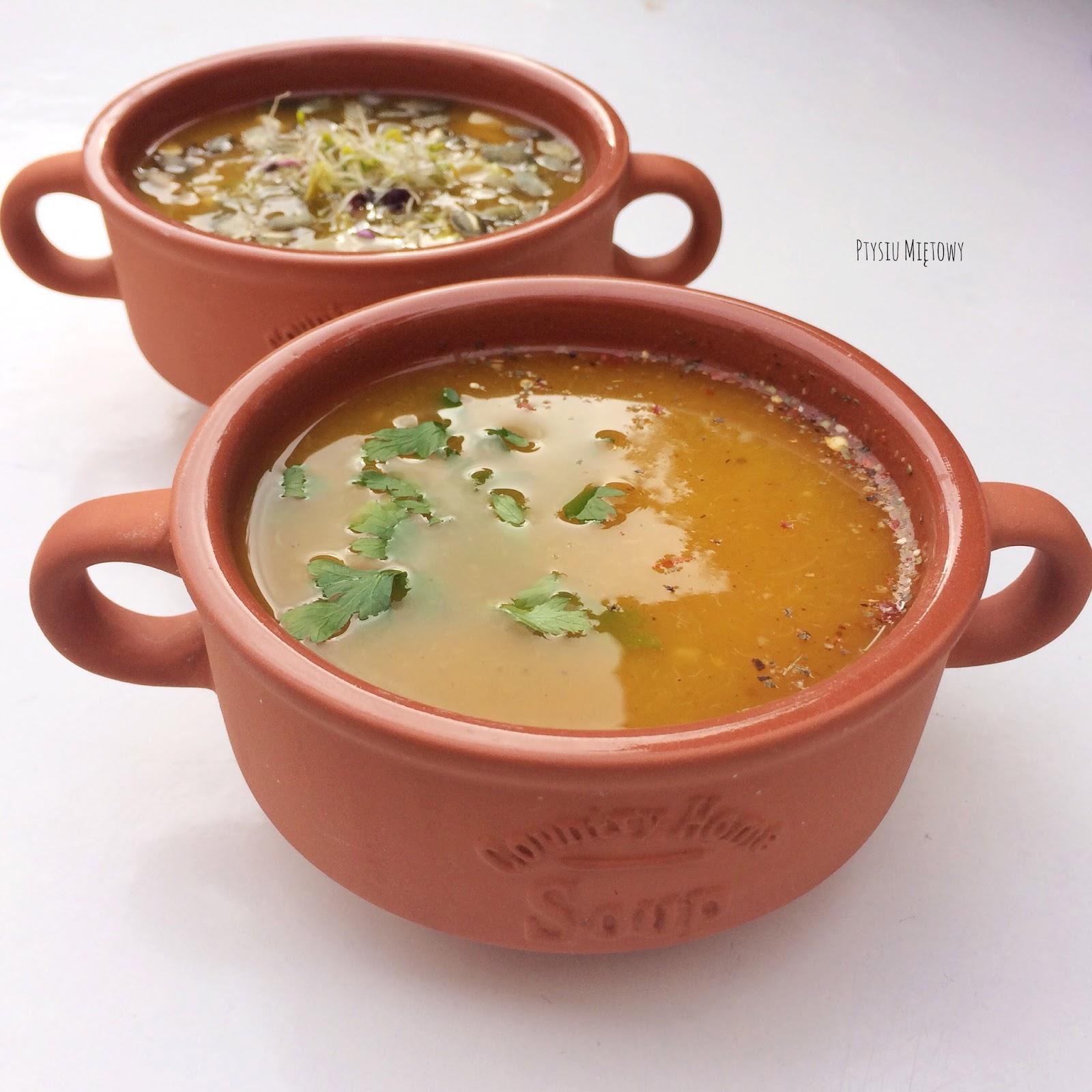 zupa dyniowa, ptysiu mietowy