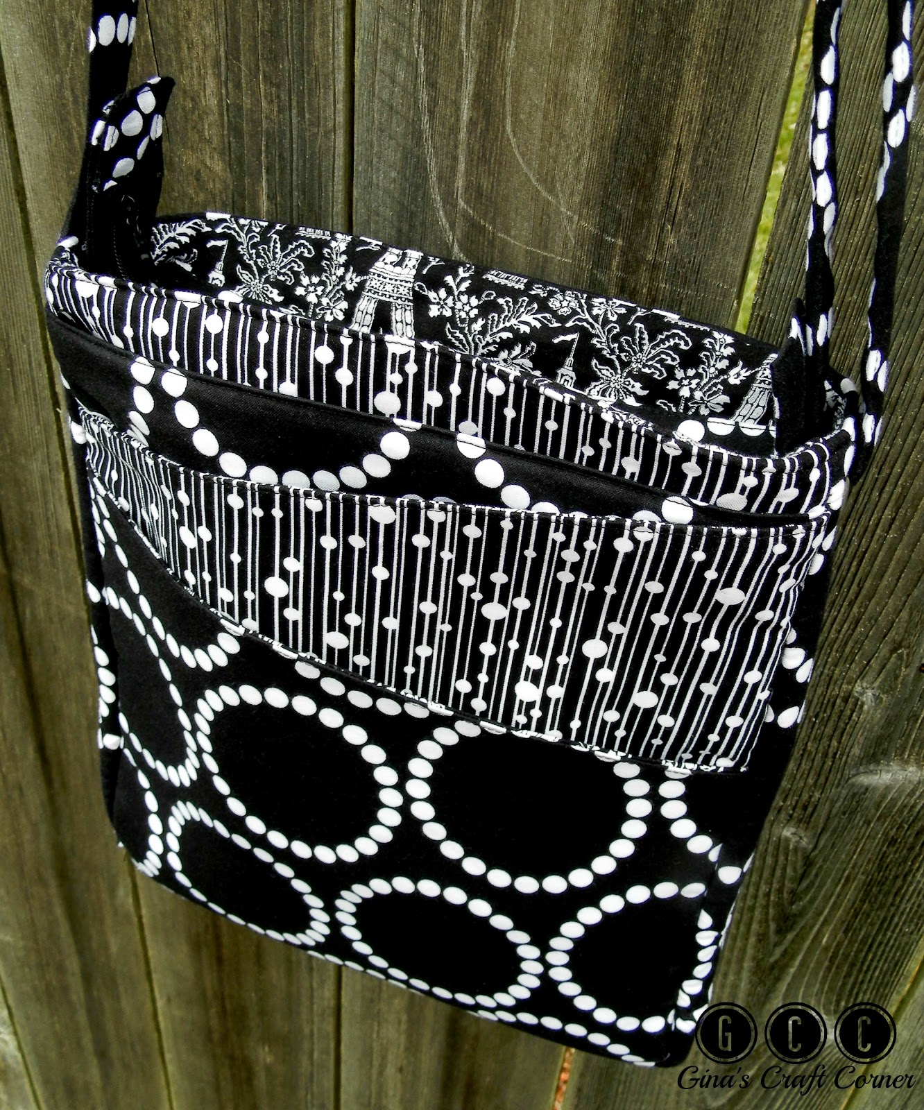 """Pearls in Paris"", my version of ChrisWDesigns Lombard Street Bag"