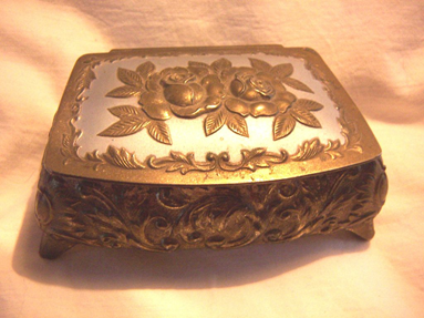 Art Metal Jewelry Display Boxes