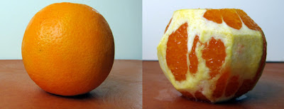 Photos of unpeeled and peeled navel oranges