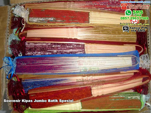 Souvenir Kipas Jumbo Batik Spesial Kain Batik Kalimantan Tengah