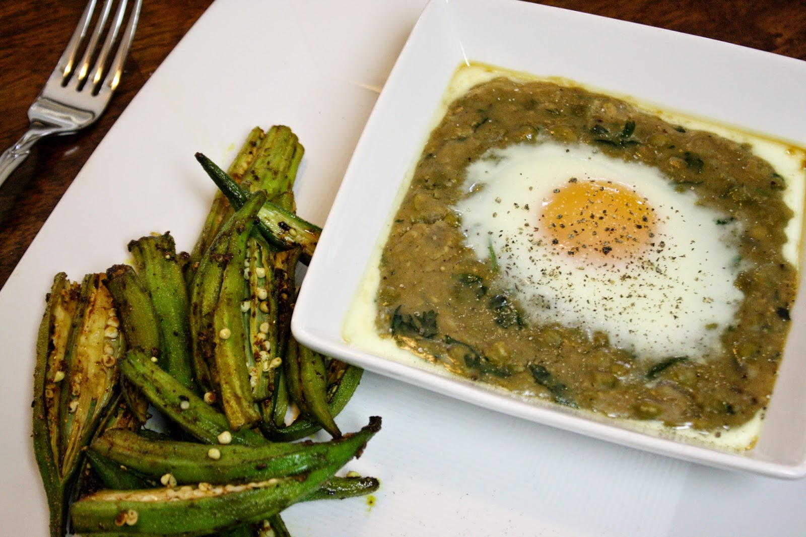 Eat.Pray.Juice.: spiced okra and lentils