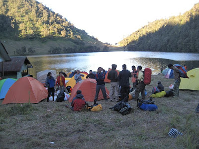 Foto Danau Ranu Kumbolo Semeru