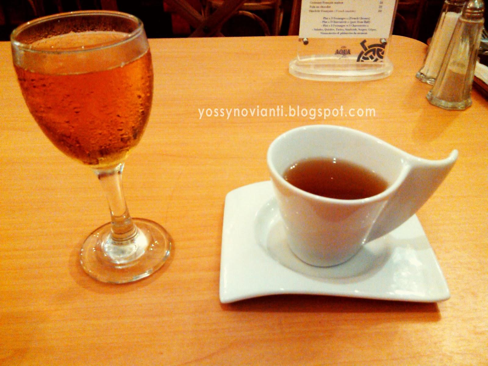 beautiful mind of yossy: Paris Villages - Restaurant Review