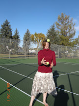 Sierra Barefoot Girl ' Learning Juggle