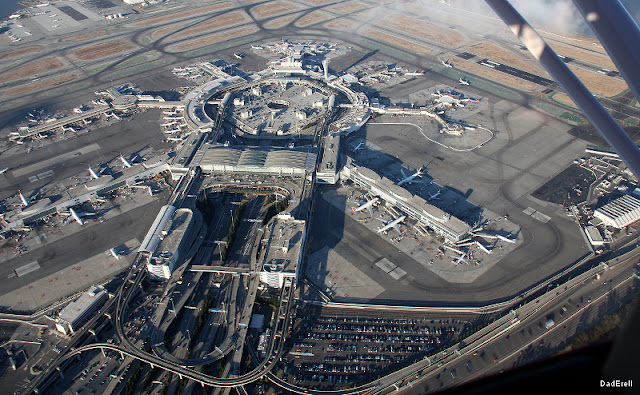 San Francisco International Airport vu d'avion