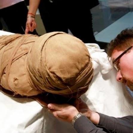 Há muito tempo, historiadores acreditavam que a prática egípcia de mumificação tinha começado por volta de 2.500 a.C