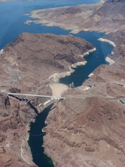Hoover Damn from 8000 Feet!