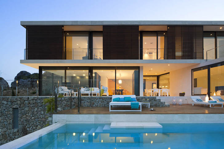 World of architecture modern villa on amazing unique for Minimalist house with swimming pool