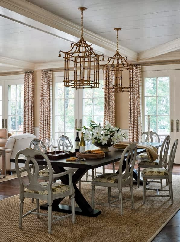 Netdining Rooms With Chandeliers : Chinoiserie Chic: Pagoda Chandeliers in Dining Rooms