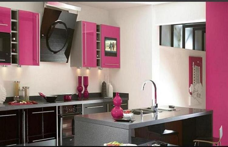 Beautiful kitchen design back 2 home for Beautiful kitchen decor