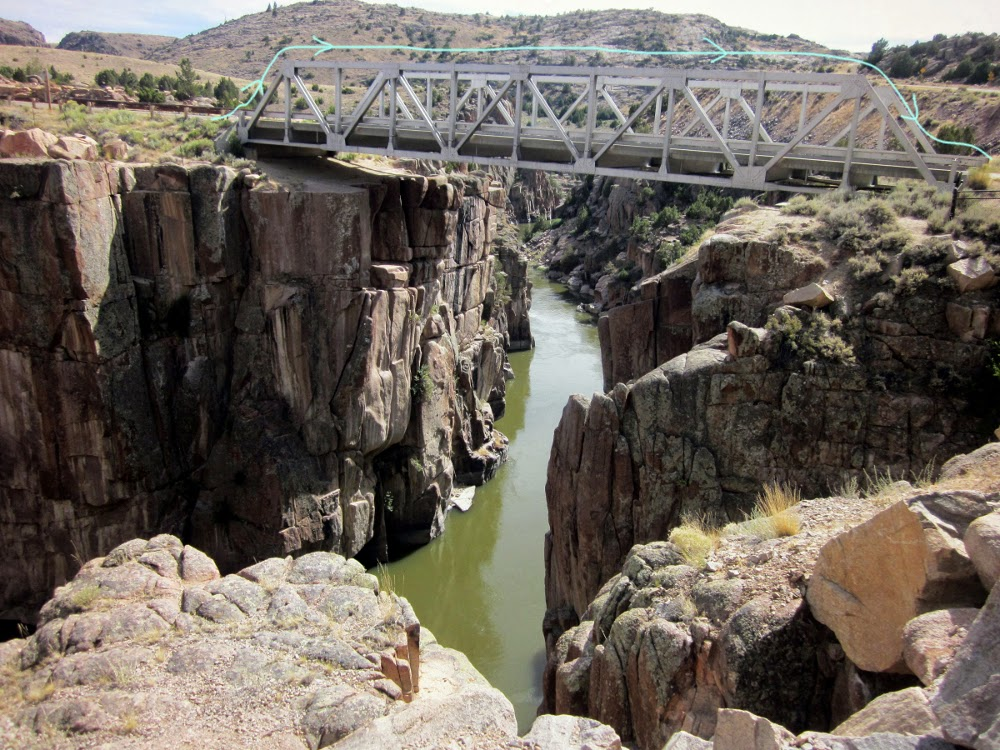 Fremont Canyon Bridge image showing the trestle traverse