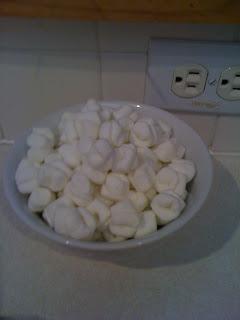 Popcorn for Popcorn Cake