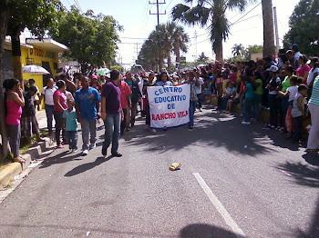 Desfile Estudiatil 27 febrero 2011