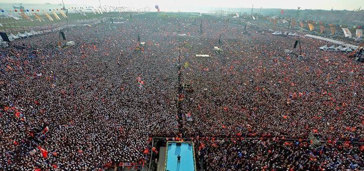 هل يفوز اردوغان ويتحقق حلمه في احياء الإرث العثماني ويتوج سلطانا مطلقا؟ 1978579_700997636630553_77341649_o