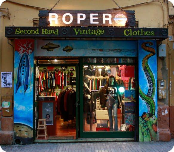 Como dior manda hoy visitamos ropero sevilla vintage - Ropa vintage sevilla ...