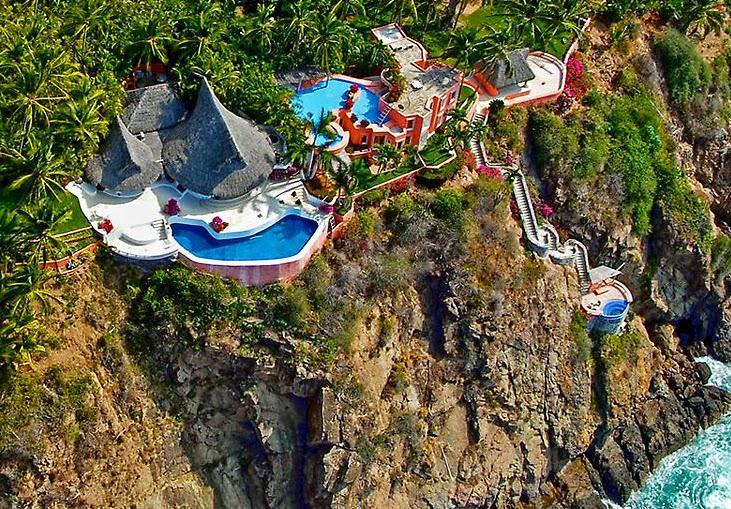 Luxury life design stylish extravagant villa careyes for Mexican porch designs