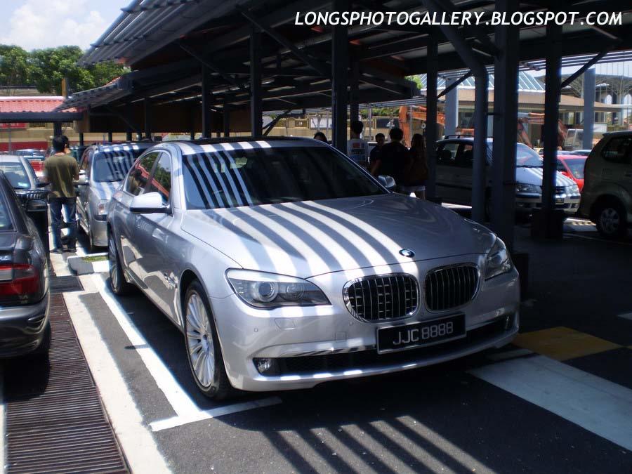 BMW 7 Series F01/F02