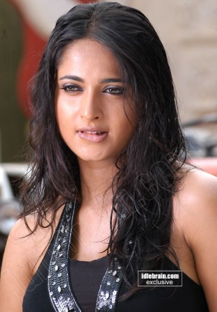 south indian actress anushka expose