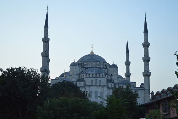 blue mosque by dawn