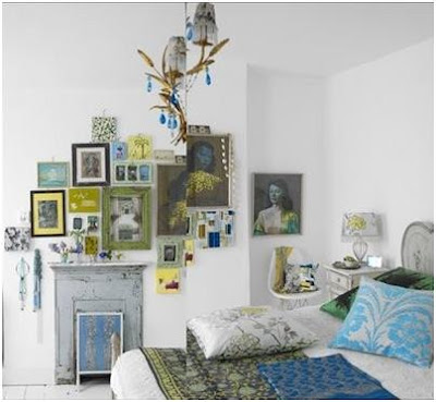 LEIT MOTIV BEDROOM DECORATING WITH FRAMED PICTURES - PHOTOS OF BEDROOMS WITH PICTURES ON THE WALLS
