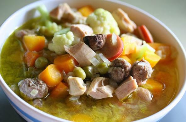 Resep sop ayam kampung lezat dan praktis