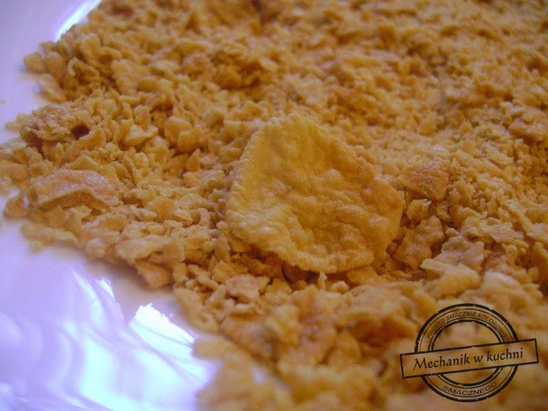 Filet z kurczaka w złocistej panierce mechanik w kuchni płatki kukurydziane