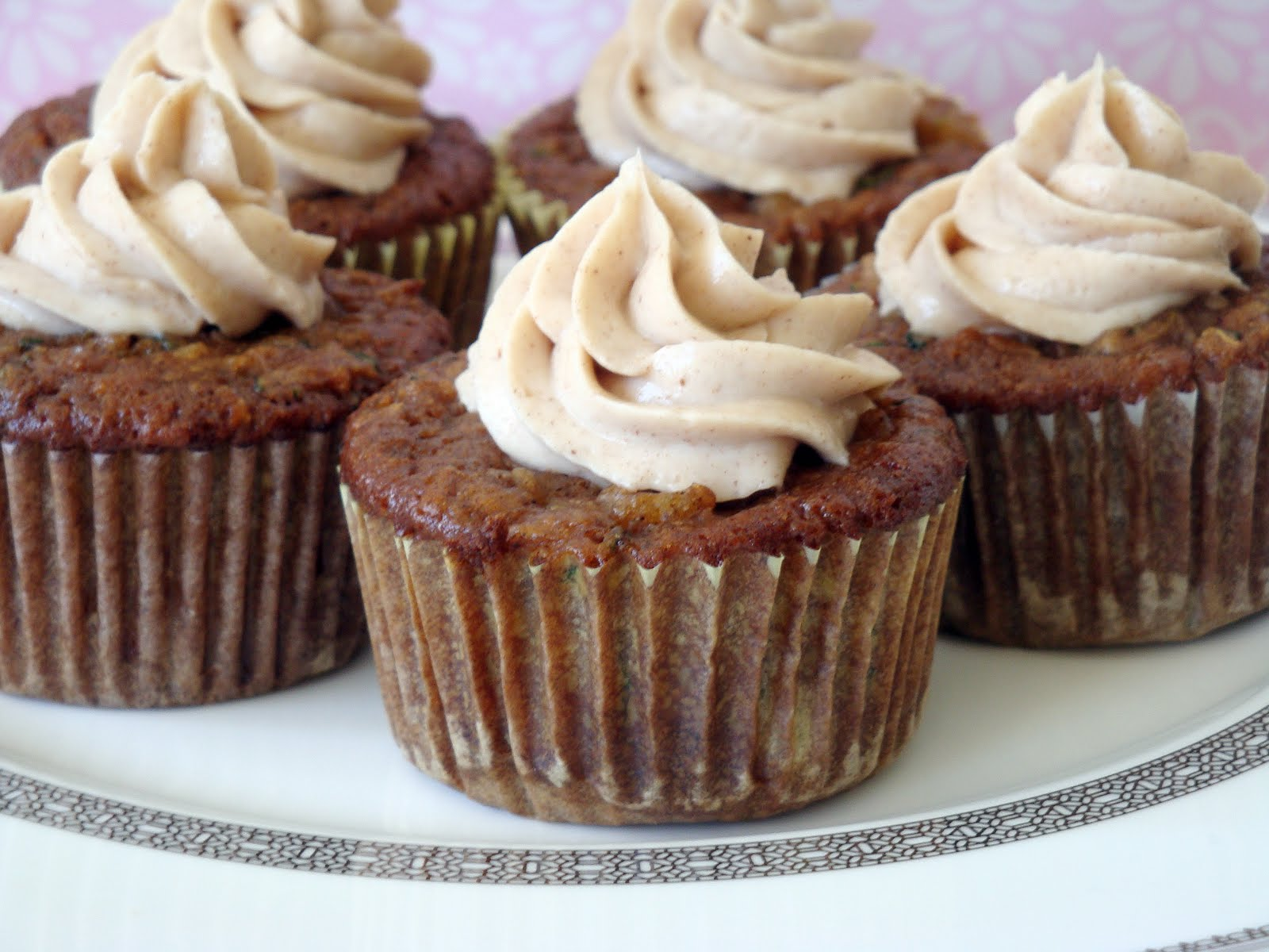 Pineapple Zucchini Cupcakes with Cinnamon Cream Cheese ...
