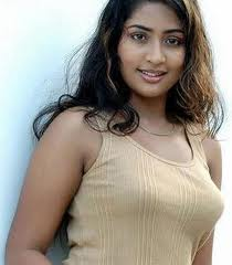 Navya Nair hot mallu actress 3
