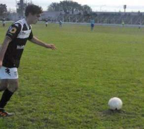 Exhibición de fútbol y goles en San Martín, Allen y La Visera