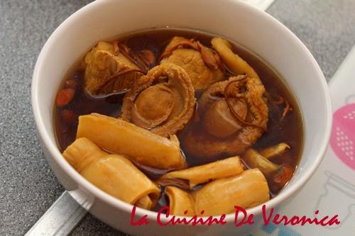 La Cuisine De Veronica 蟲草花鮑魚花膠燉瘦肉