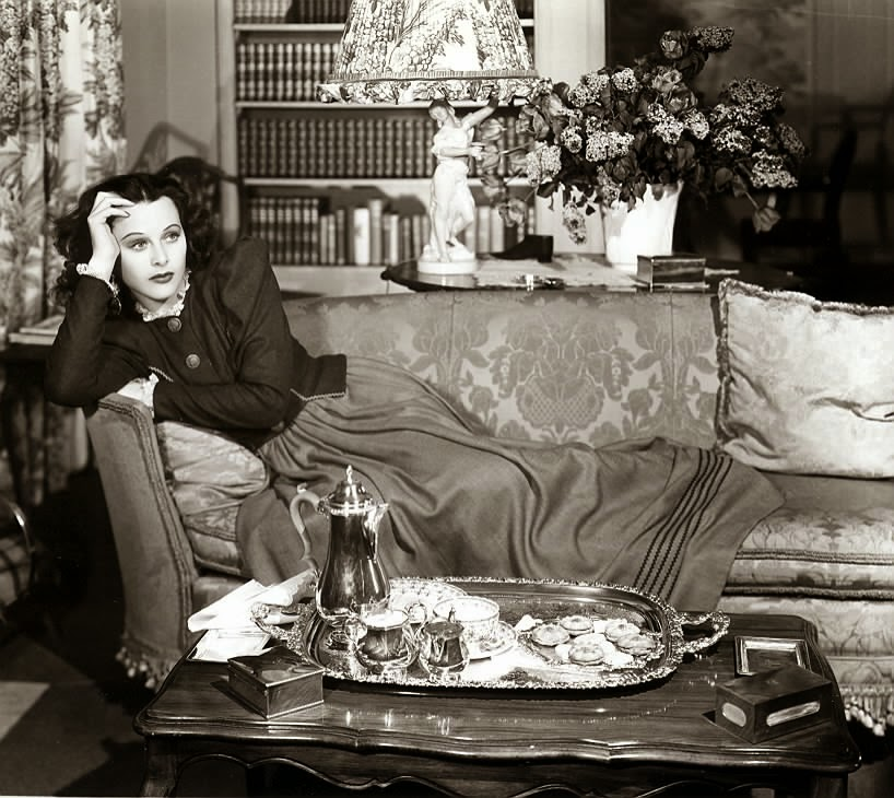 Hedy lamarr at home miss lindsay lane for Classic house 2000s