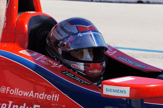 Notes from the edje izod indycar series review at 3 of 19 for Abc motor credit gilchrist rd