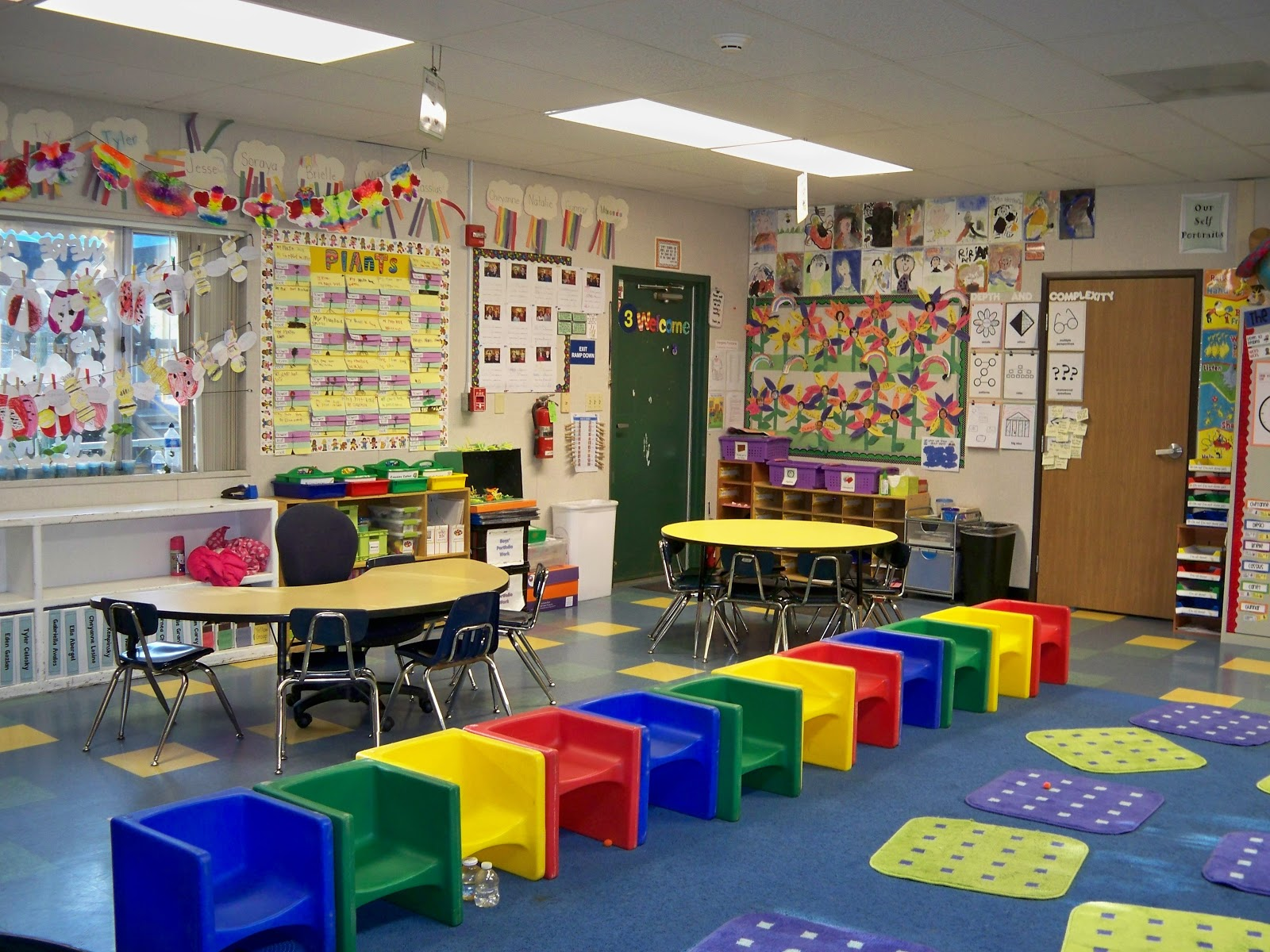 kindergarten classroom pictures design images galleries with a bite. Black Bedroom Furniture Sets. Home Design Ideas